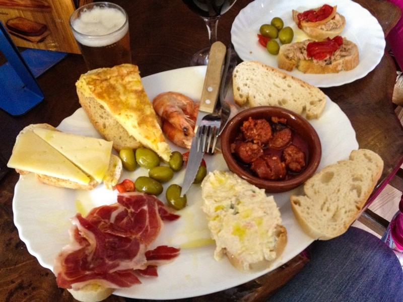 spanish_mix_of_tapas_7068994247